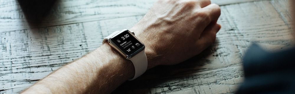 silicone-apple-watch-arm-resting-on-desk