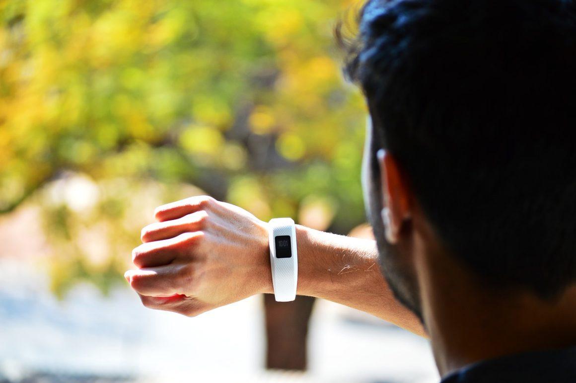 Vibrating-alarm-watch