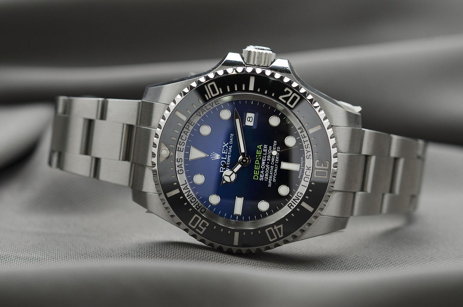 Rolex-deepsea-sea-dweller