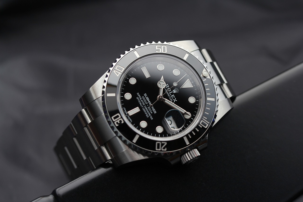 rolex-submariner-watch