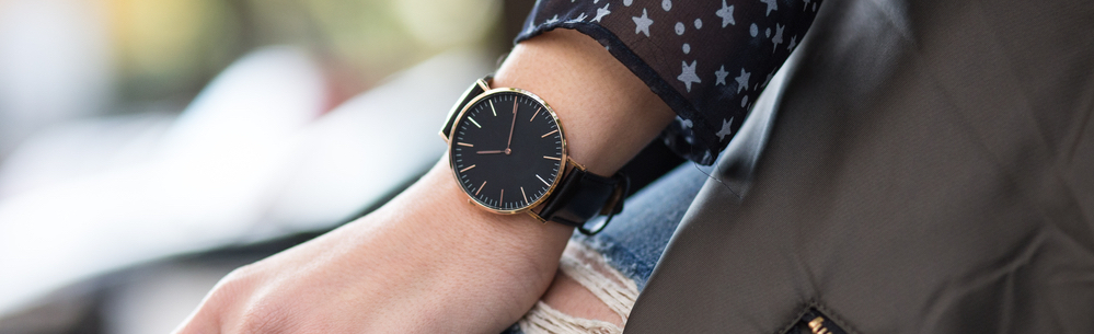 woman-wearing-a-black-watch