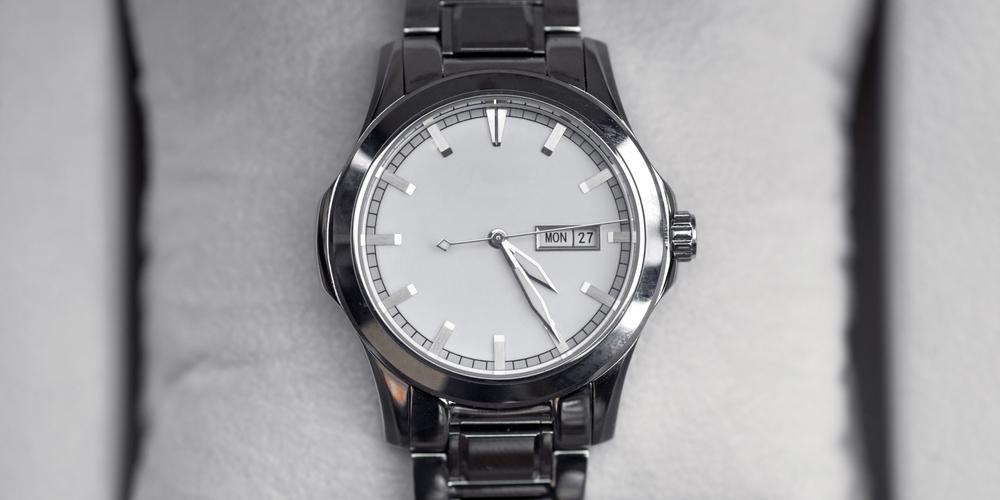 Metal mens wrist watch