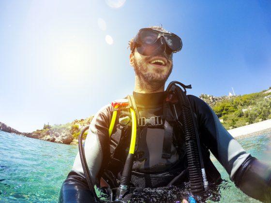 Smiling-diver