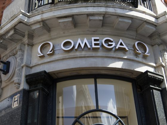 Omega luxury watch shop