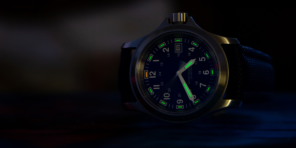 Watch with tritium backlight